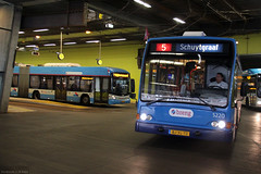 Back to Arnhem Station (Canadian Pacific) Tags: holland bus netherlands dutch station arnhem central nederland centraal gelderland bussen koninkrijkdernederlanden breng aimg2977