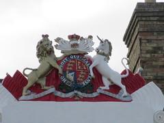 The Royal Hotel, 4 Marine Parade, Great Yarmouth (LookaroundAnne) Tags: hotel coatofarms norfolk yarmouth greatyarmouth royalarms gwuk