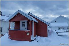 ons huisje (HP003429) (Hetwie) Tags: winter snow nature norway night landscape see vakantie sneeuw natuur zee avond landschap eiland svolvr noorwegen nordland noorderlicht svinya huisjes rorbruer svolvr svinya