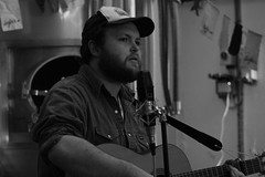 Altar Hanglands (Leodensian) Tags: music white black francis mono photo flickr guitar song live band piano sing sound northern brew lung sofar leodensian sofarleedsfebruary2016