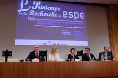 "Clture du colloque ""Le Printemps de la Recherche en ESPE"" (Najat Vallaud-Belkacem) Tags: recherche espe mgen najatvallaudbelkacem"