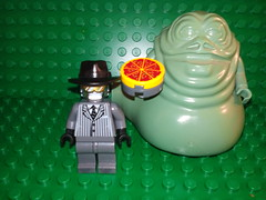 Pizza the Hutt! (morpheus1856) Tags: dark lego helmet aliens pizza colonel villains vinnie sanders hutt legominifigure spaceballs