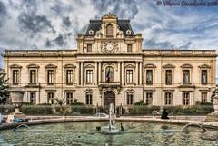 Prefecture de l'Herault, Montpellier, France (vdwarkadas) Tags: cloudy prefecture nex 5t prefecturedelheraultfountainfountainsbuildingsmontpellierfrancesonysony