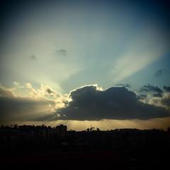 Poente no Porto / Sunset at Porto (Francisco (PortoPortugal)) Tags: sunset portugal prdosol porto franciscooliveira portografiaassociaofotogrficadoporto 0452016 20160304fpbo2518