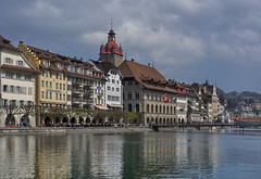 Luzern, the right bank of the river Reuss (Karl Le Gros) Tags: water switzerland cityscape von luzern xavier erlach riverreuss kantonluzern xaviervonerlach sonyilce7rm2 sonyzeissfe55mmf18za