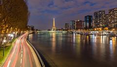 Paris, Beaugrenelle - Tour Eiffel (Didier Ensarguex) Tags: canon latoureiffel 2470l28 pontdegrenelle voieexpress lastatuedelalibert quartierbeaugrenelle rflexionreflet 5dsr didierensarguex