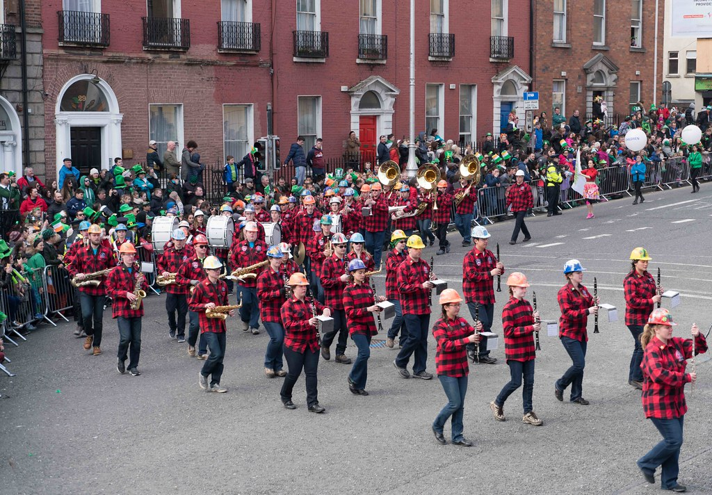 Colorado School Of Mines Marching Band and Choir [St. Patrick's Day Parade 2016]---112298