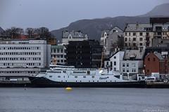 Bolsy (sindre97) Tags: ocean sea mountain snow water norway 1 boat norge spring ship fjord skip bt sn lesund vr mrf vr bolsy fjord1 fjord1mrf
