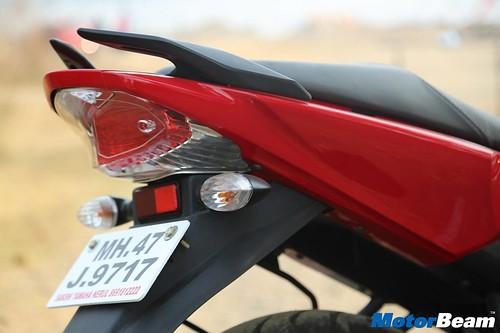 Yamaha-R15-S-13