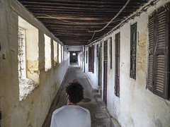 Fes-Schmitt-Streetfotografie-4200355 (insider-fototour) Tags: street people kids mind marokko fes