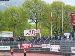 007 (torsten.bunde) Tags: red white boys schweiz tessin super di thun fc teste lugano league matte deutsch stadio ultras italienisch cornaredo