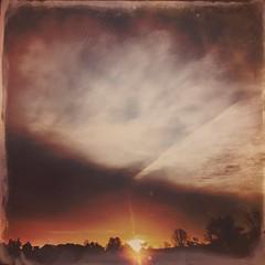 365-166 ( estatik ) Tags: county new sunrise sandy nj ridge jersey 365 thursday iphone 166 thurs hunterdon 26416 42816 hipsta 365166 hipstamatic april282016