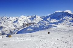 From the top of Moutiere (A. Wee) Tags: france alps skiresort valthorens  troisvalles  les3valles moutiere
