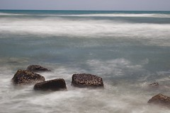 sommersi (GreatWhiteShark3010) Tags: seascape canon eos long exposure mare filter nd sabbia 600d