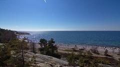 R ISLAND, BALTIC SEA, FINLAND (Holtsun napsut) Tags: park sea suomi finland landscape island outdoor east tokina national meri itmeri kansallispuisto saari 1116mm r patikointi