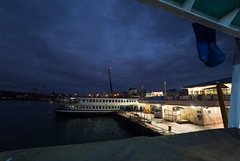 feribot (Beau Finley) Tags: city night turkey boat asia dusk trkiye istanbul atnight bosphorus gloaming kadikoy beaufinley iskelesi