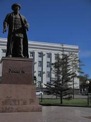 Ayteke bi monument near Aktobe City Administration (bibitalin) Tags: kazakhstan kz aktobe  aktyubinsk aqtobe     aktubinsk aktiubinsk