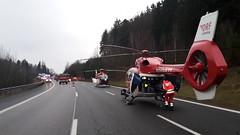 Die Nrnberger Hubschrauber bei Verkehrsunfall im Einsatz (DRF Luftrettung) Tags: hubschrauber ec135 christophnrnberg h145 drfluftrettung christoph27 stationnrnbergith stationnrnbergrth
