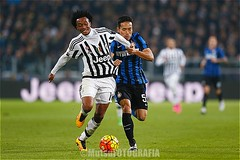 Juventus vs Internzionale (Kwmrm93) Tags: sports sport canon torino football fussball action soccer futbol futebol fotball juventus voetbal fodbold calcio deportivo fotboll internazionale  deportiva coppaitalia esport fusball  fotbal jalkapallo  nogomet fudbal  votebol yutonagatomo fodbal    juancuadrado