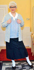 Ingrid021383 (ibach411) Tags: glasses skirt blouse mature button brille cardigan waistcoat bluse pleated strickjacke weste faltenrock durchgeknpft