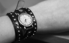 Wrap Up Time (ISAMLIU) Tags: clock hands hand arms arm watches time watch number numbers accessories tick tock clocks ticktock accessory
