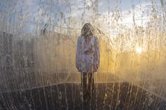 4740 Räume räumen (Lars Kilian) Tags: wasser sonnenuntergang räume springbrunnen fisheye
