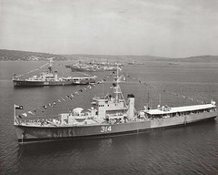 HMCS Buckingham (DRGorham) Tags: frigate hmcs rcn royalcanadiannavy