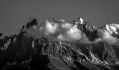 Fin de Journe sur Les Aiguilles de Chamonix (Frdric Fossard) Tags: nature alpes lumire ombre glacier contraste soir chamonix rocher calme cime hautesavoie sommet aiguille pierrier paroi luminosit aiguilleduplan massifdumontblanc lesgrandscharmoz