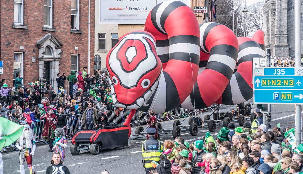 RETURN OF THE SNAKES BY BUI BOLG [SAINT PATRICK'S DAY PARADE]-112697
