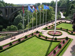 Luxemburg, stad Luxemburg (glanerbrug.info) Tags: 2003 park luxembourg centrum luxemburg luxembourgcity ltzebuerg luxemburgstadt ltzebuergstad luxemburgkantonluxemburg
