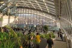 Sky Garden   20 Fenchurch Street - London (Botond Buzas Photography) Tags: above street city blue roof england sky people urban plants sunlight white building green london tower glass sunshine architecture modern publicspace skyscraper buildings reflections garden town office construction cityscape view rooftops britain background steel capital shapes structures officebuildings bank sunny business architect views offices skygarden walkietalkie fenchurch vinoly walkie talkie