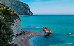 Sirolo - riviera del Conero (AN) (Luigi Alesi) Tags: blue sea italy beach nature del landscape scenery riviera italia raw mare natura fujifilm azzurro conero spiaggia marche paesaggio scenics ancona sirolo xm1