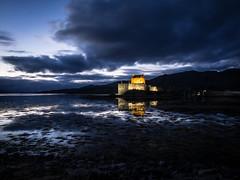 Eilean Donan Castle (semitune) Tags: blue sunset cloud lake reflection castle landscape scotland dusk highland loch eilean donan