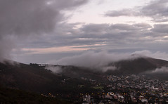 Cape Town wakens 5 (1 of 1) (Mike Rosenthal) Tags: cityscape earlymorning capetown tablemountain signalhill