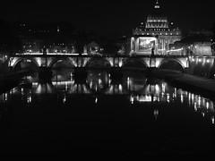 Roma_Notturno_214_4518 (Dubliner_900) Tags: bridge bw rome roma monochrome reflections nightshot olympus ponte sanpietro riflessi bianconero lazio notturno micro43 handshold mzuikodigital45mm118 omdem5markii