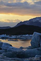 shs_n8_067125 (Stefnisson) Tags: ice berg landscape iceland glacier iceberg gletscher glaciar sland icebergs jokulsarlon breen jkulsrln ghiacciaio jaki vatnajkull jkull jakar s gletsjer ln  glacir sjaki sjakar stefnisson