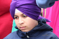 Cute boy (Honey Agarwal) Tags: family boy music food toronto ontario canada color cute kitchen proud john children square army drums blog kid downtown nathan respect mayor kathleen prayer free parade celebration event meal april greetings females turban sikh punjab kirtan wynne marshal gurudwara humans tory nagar punjabi guru hapiness waheguru serve khalsa 2016 vaisakhi sikhnewyear khalsaday sikhi nathanphilips dhol khanda langar panth osgc seaofcolors turbancolor parade2016 withahugeparadedowntown