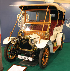 Schnauferl (The Rubberbandman) Tags: old white france classic car vintage germany de french essen automobile open german techno vehicle british bo dion 175 export tourer bouton motorcar classica schnauferl dedion bo175