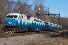 VRE Sounder train at Clifton (Michael Karlik) Tags: railroad train transit sound commuter passenger clifton sounder vre f59phi virginiarailwayexpress