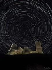 San Agustn. (:) vicky) Tags: olympus ruinas cielo estrellas teruel vicky abandonos sanagustn circumpolar visionario arag olympusdigitalcamera vickyepla flickrvicky