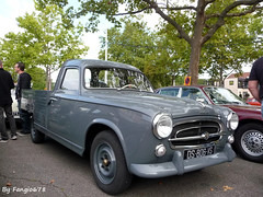 Peugeot 403 Pick-Up (fangio678) Tags: classic cars french francaise pickup collection 09 coche oldtimer 06 peugeot 403 ancienne youngtimer 2015 voituresanciennes retrorencard