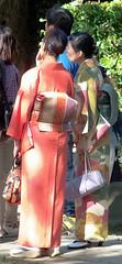 #7962 women in kimono (Nemo's great uncle) Tags: people tokyo  kimono yanesen  nezu nezushrine      bunkyku