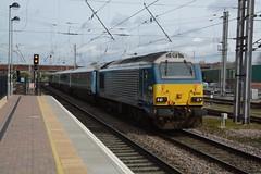 "Arriva Trains Wales Operated Class 67, 67002 (37190 ""Dalzell"") Tags: valencia warrington gm skip alstom generalmotors dbc atw bankquay arrivatrainswales class67 67002 wagexpress mancexpress dbcargorail"