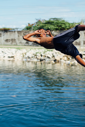Bridge Jumping Boy, Cebu City Philippines
