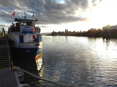 Neptuno (tedsla.vidal) Tags: chile rio atardecer barco neptuno valdivia