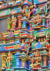 Sri Mariammam (Bruno Zaffoni) Tags: thailand bangkok hinduism thailandia bassorilievo altorilievo