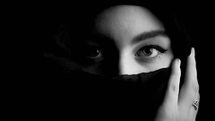 Windows to the soul (GR1CreativeMedia) Tags: white black eyes nikon emotion hijab d750 connection strobe 80200 octabox