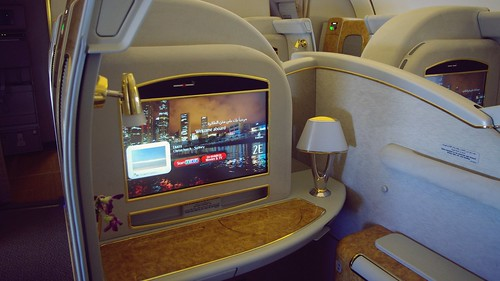 Onboard Boeing 777-300ER First Class - Emirates