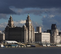 Calm before the storm (LEALSWEE) Tags: liverpool pierhead graces liverbuilding