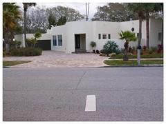 Sarasota v.8 (John Lamont1) Tags: leica digilux2 sarasota gulfcoast residentialtopology